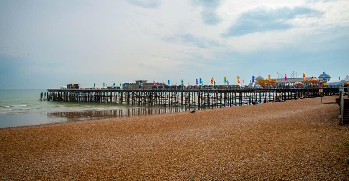Hastings-Pier-8